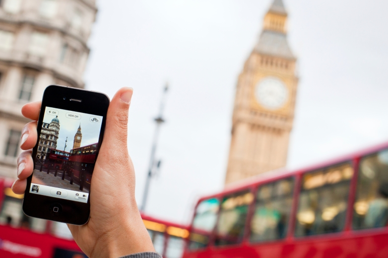 Smartphones have had a huge impact on citizen journalism – Image courtesy iStockphoto