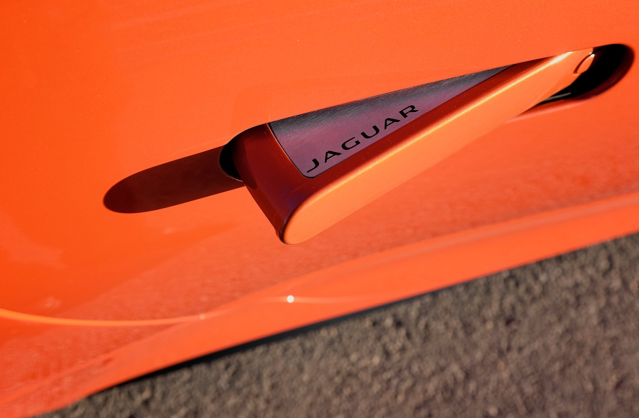 Jaguar F-type Door Handle Detail