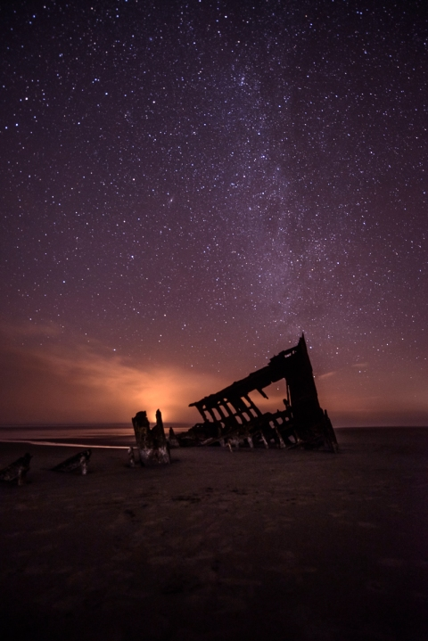 Nikon D800, 14-24mm f/2.8 lens @14mm, f/2.8, 30 seconds, ISO 1600.