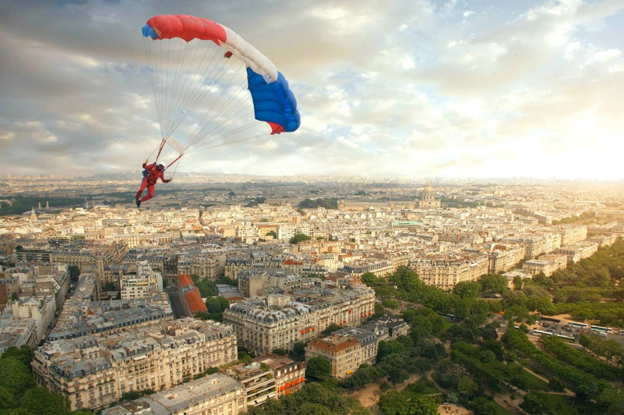 ParachuteParis